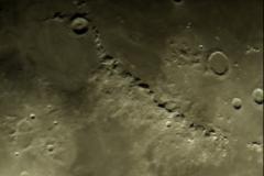 Lunar Closeup Oct 16, 2016